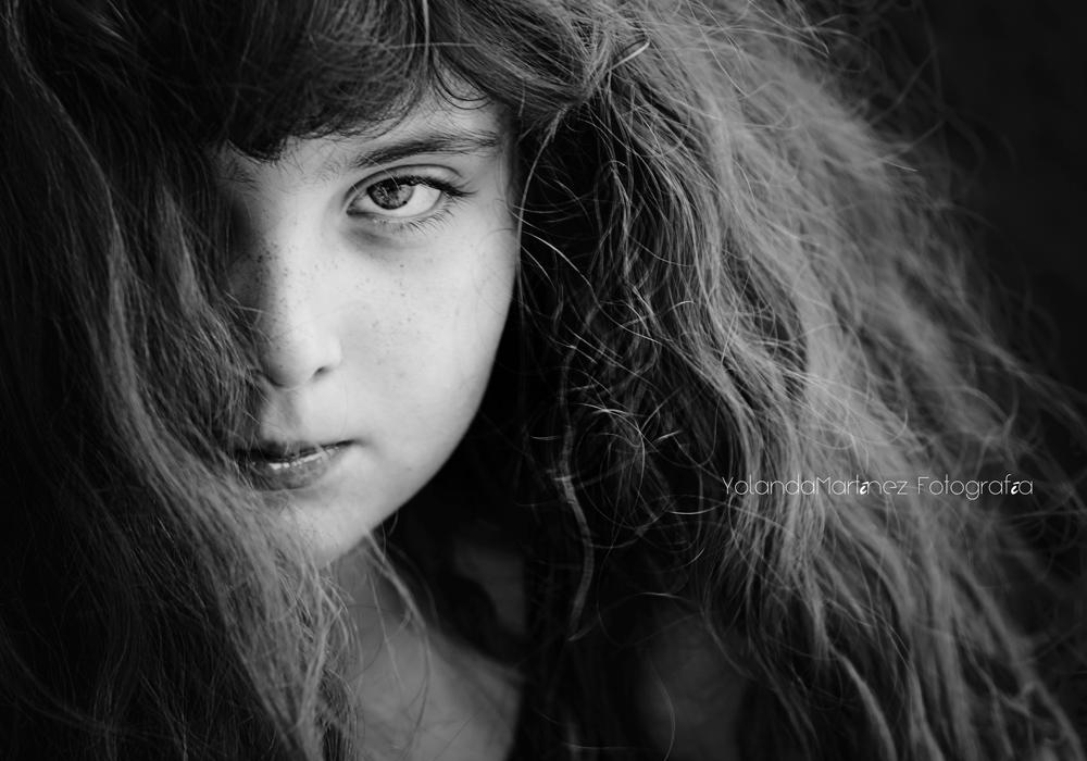La Ira. Fotografía en blanco y negro mostrando emociones. Yolanda Martínez (yolandamf)